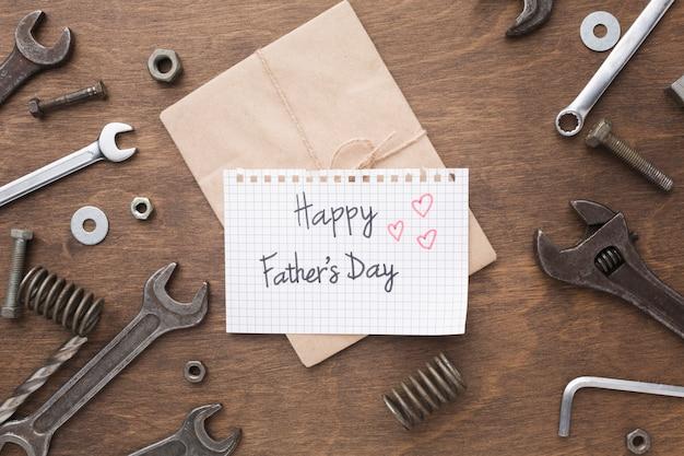 Feliz día del padre presente