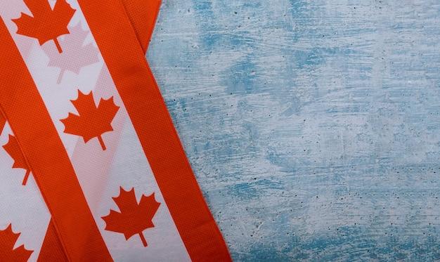 Feliz día de victoria banderas canadienses fondo rústico