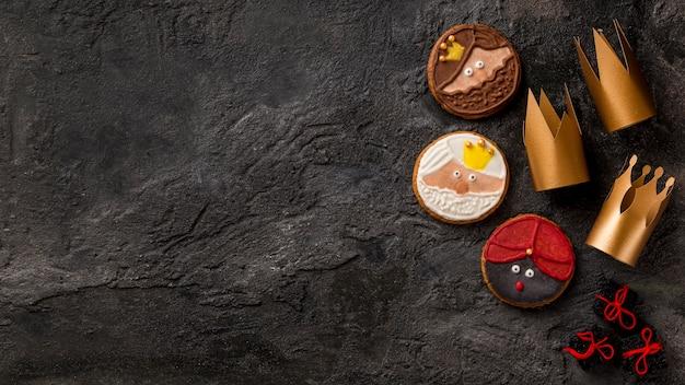 Feliz epifanía sabrosas galletas espacio de copia