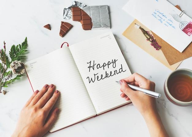Feliz fin de semana de relajación el sábado disfrutar de concepto gratuito
