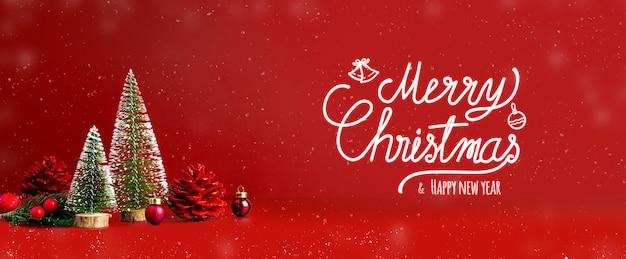 Feliz navidad y feliz año nuevo texto con nieve cayendo sobre fondo rojo.