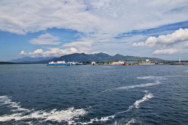 Ferry desde java a la isla de bali