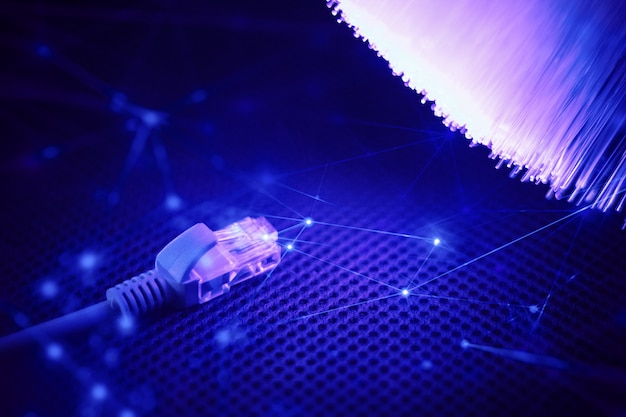 Fibra óptica con cable de cable wifi wifi para red comercial digital de internet