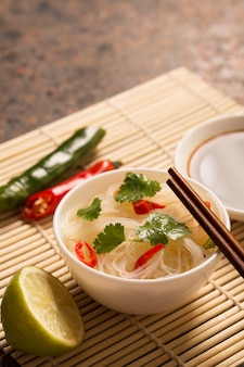Fideos chinos con ají