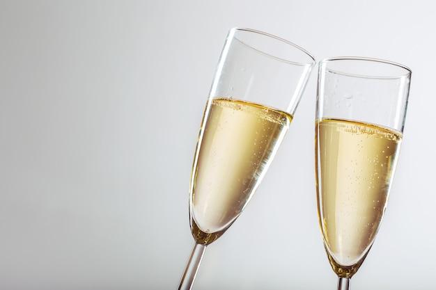 Fiesta de año nuevo con champagne.