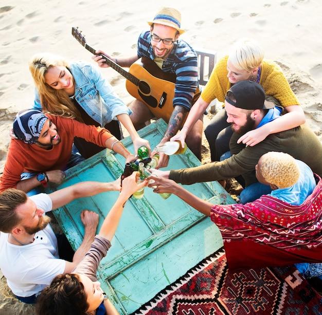 Fiesta celebrando celebración amistad unión concepto