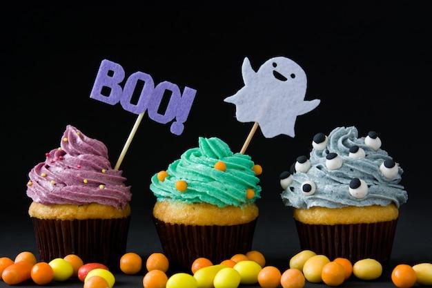 Fiesta de cupcakes de halloween en negro