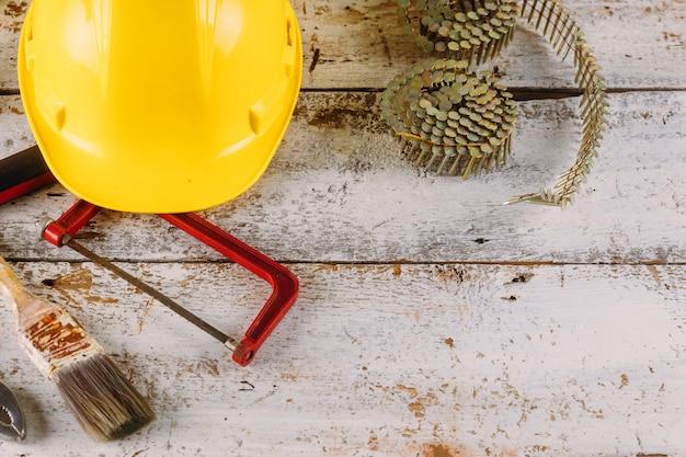 Fiestas del día del trabajo de américa, sobre herramientas de construcción