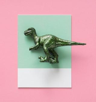 Figura de dinosaurio en miniatura colorida y linda