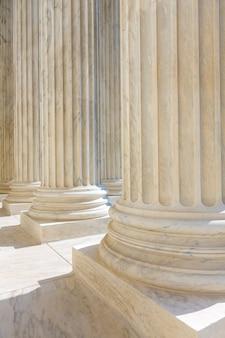 Fila de columnas de la corte suprema de estados unidos