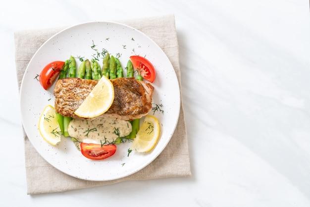 Filete de pescado pargo a la plancha con vagetable