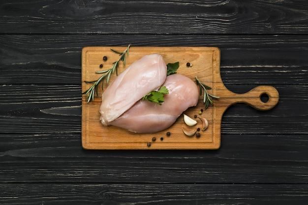 Filete de pollo y especias