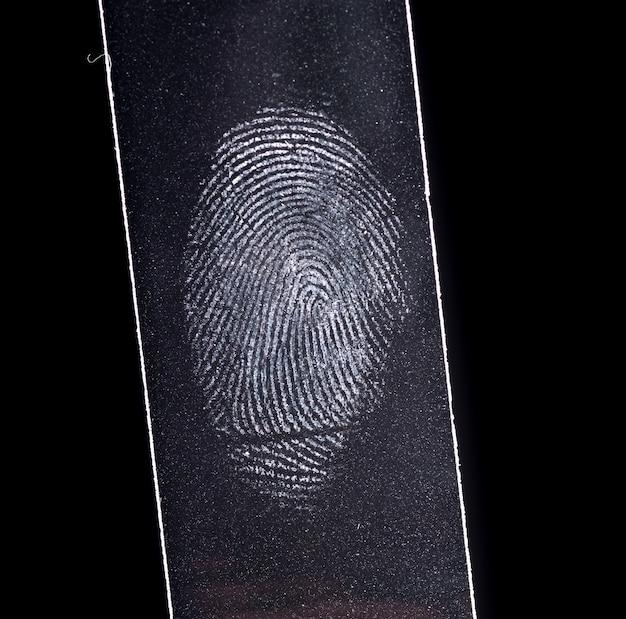 Fingerptint aislado en negro