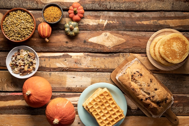 Flay pone surtido de comida temporada otoño