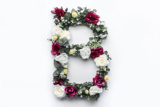 Flor letra b floral monograma foto gratis