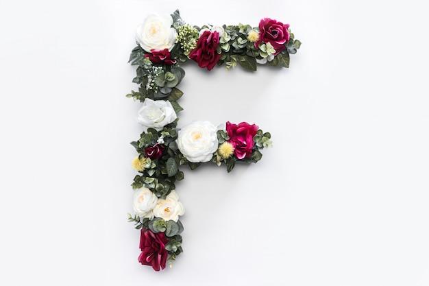 Flor letra f floral monograma foto gratis