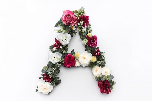 Flor de la letra a monograma floral foto gratis