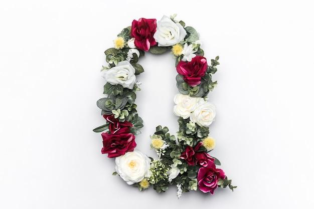 Flor letra q floral monograma foto gratis