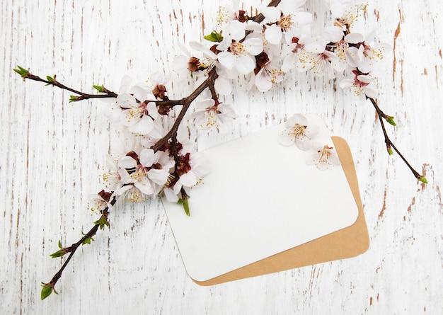 Flor con tarjeta