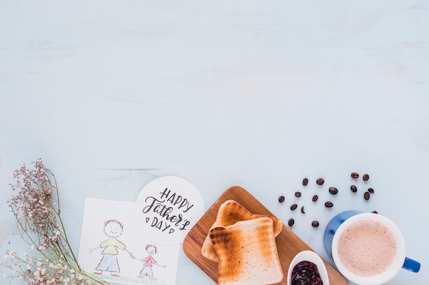 Flores y comida de desayuno cerca del dibujo