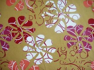 Flores en el diseño de la hoja de cama, la fotografía