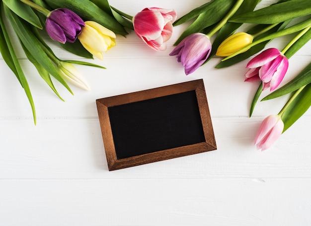 Flores de tulipanes de primavera