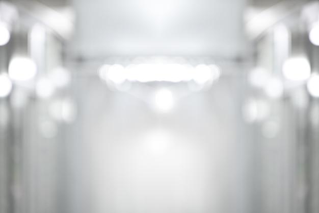 Fondo abstracto bokeh blanco y negro perspectiva edificio pasillo