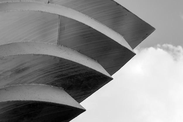 Fondo abstracto líneas de arquitectura. detalle de la arquitectura moderna
