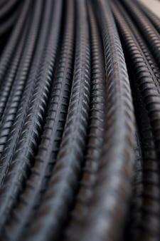 Fondo de acero, construcción de acero, hierros de construcción para la construcción, pila de acero acanalado