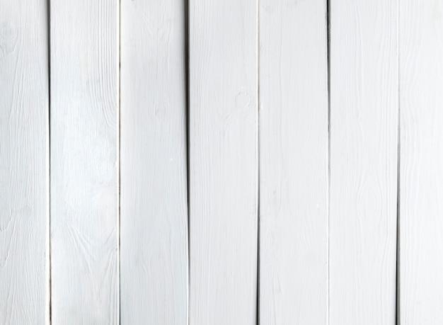 Fondo blanco de tablones de madera.