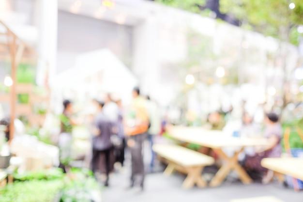 Fondo borroso: blur co-working space, estilo casual, concepto de reunión de trabajo en equipo, negocios, concepto de educación