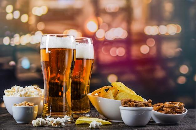 Fondo del día internacional de la cerveza