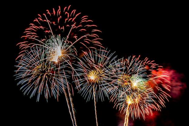 Fondo de exhibición de fuegos artificiales para aniversario de celebración