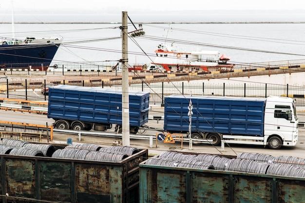Fondo de exportación de importación logística y concepto de transporte de carga contenedor