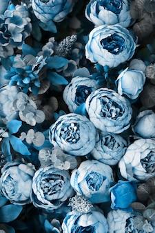 Fondo floral con peonías azules clásicas