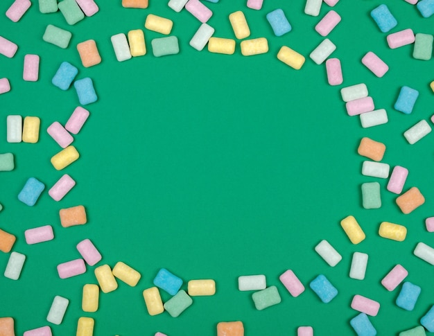 Fondo de goma de mascar de cerca de colores brillantes
