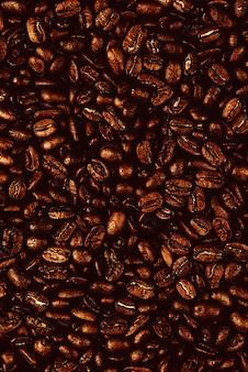 Fondo de granos de café tostados
