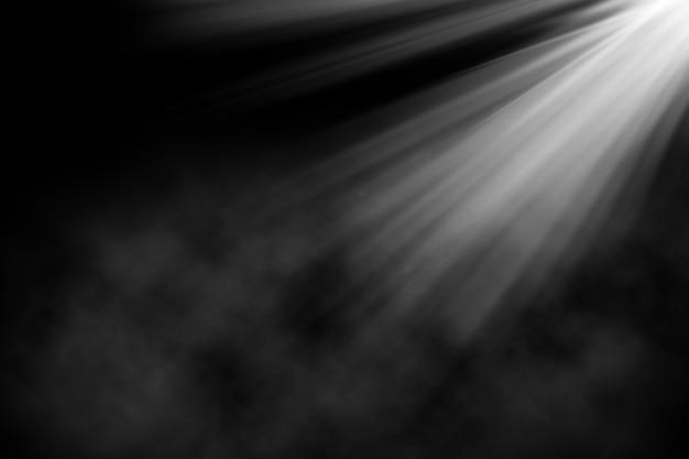 Fondo de grunge con foco brillando en atmósfera de humo
