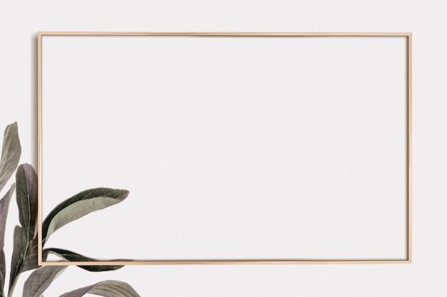 Fondo de hoja verde marco dorado