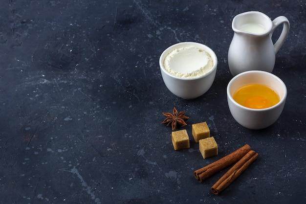 Fondo para hornear. ingredientes para cocinar pastel
