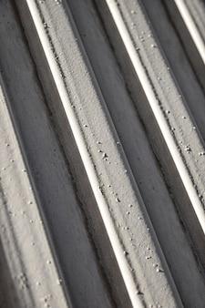 Fondo de líneas de acero inoxidable oblicuas