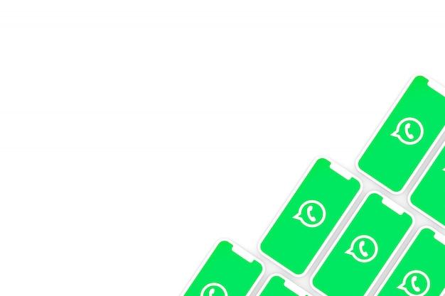 Fondo de logotipo de whatsapp en la pantalla del teléfono inteligente o móvil 3d render