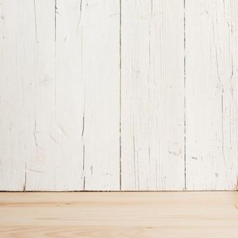 Fondo de una mesa con madera blanca