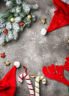 Fondo de navidad con gorro de papá noel