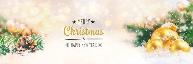 Fondo de navidad y hermosa decoración. año nuevo. enfoque selectivo. vacaciones.