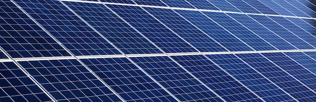 Fondo de paneles solares de panorama para imágenes de concepto de energía solar.