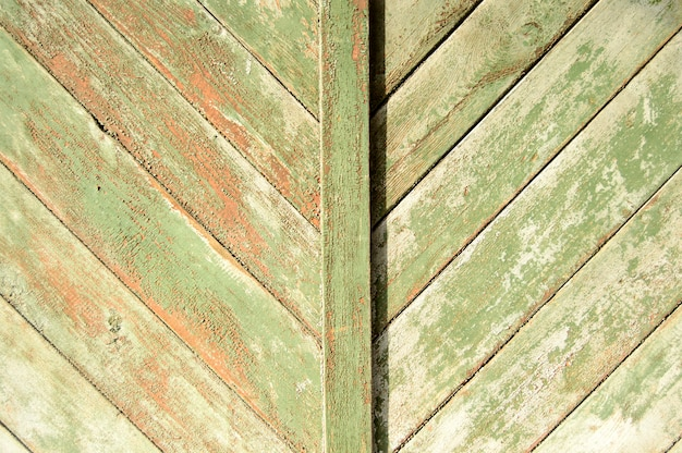 Fondo de puerta oxidada de madera vieja