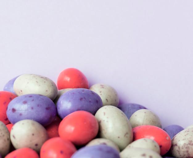 Fondo texturizado chocolate de la bola de la haba del huevo