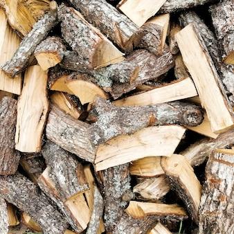 Fondo de troncos de madera natural.