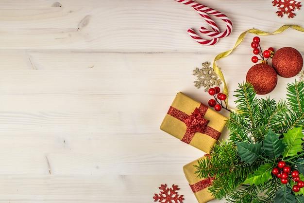 Fondo de vacaciones de navidad en madera blanca